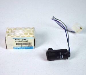 NEW OEM Mazda Windshield Washer Pump GJ25-67-482