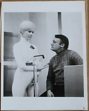 "1978 NBC 7 x 9"" Press Photo ""Starship Invasion"" Tiiu Leek Robert Vaughn Movie"