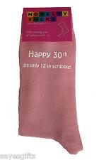 Feliz 30th su sólo 12 en Scrabble Impreso Damas Calcetines Rosa 30th Regalo De Cumpleaños
