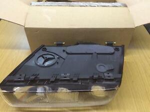 Original BMW e31 8er Scheinwerfer komplett Fahrerseite 63128354523 NEU links