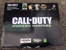 Call of Duty Modern Warfare énorme caisse Medium T-shirt. NEW & SEALED!
