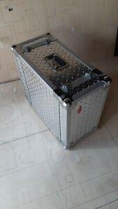 Flightcase * Dj Equipment *