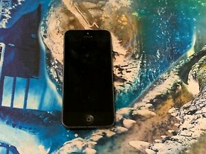APPLE IPHONE 5 (MD297X/A) SMARTPHONE IN BLACK - FOR PARTS OR NOT WORKING