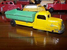 TootsieToy International K5 Dump Truck all original sharp! Yellow / Green