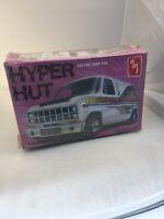 "Vintage 1980 AMT ""HYPER HUT"" Ford Custom Van Model Kit 1:25 SEALED!"