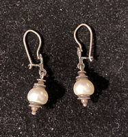 Silpada sterling silver Pearl Earrings Light the Way W0922