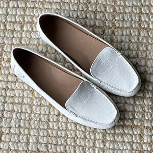 UGG Womens Jasmine White Pebbles Leather Moccasins Loafers Size 10