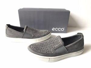 ECCO Men's Collin 2.0 Slip on Sneaker. Size 8-8.5