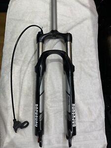 Rockshox recon MTB suspension forks , 26 inch wheel compatible , air suspension.