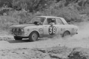 Ford Cortina GT Mk2 Pete Hughes 1967 Safari Rally automobile racing photo photo