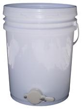 Honey Settling Bucket / Tank with honey gate / valve