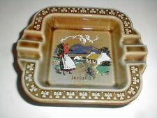Wade Irish Porcelain ASHTRAY w Shamrocks Ireland Countryside Farm Girl loc-sau28