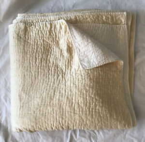 Pottery Barn Pale Yellow/Ivory Full/Queen Soft Quilt Reversible