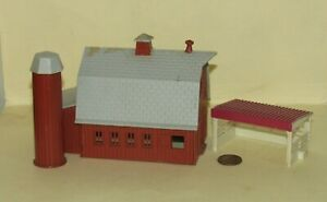 ho Scale BARN & CORRAL SHELTER for Model Train Layouts & Displays