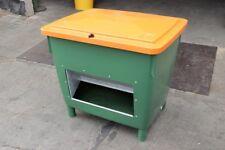 Streugutbehälter 400 Liter mit Entnahmeöffnung 945x725x930mm grün/orange