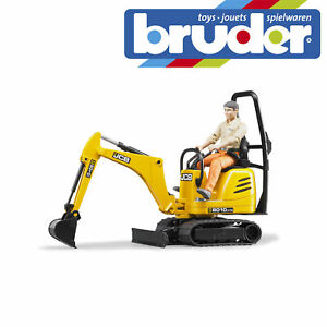 Bruder JCB Micro digger with worker 62002 1:16