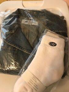 NEW CREATIVE MEMORIES Denim Jeans Jacket sz Small and logo CM socks