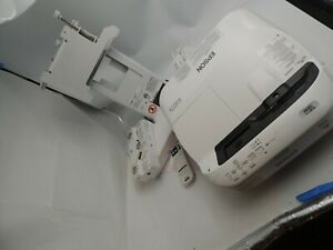 Epson BrightLink 595Wi Projector, Mount, Remote, cables,