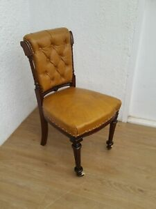 ANTIQUE VINTAGE CHESTERFIELD LEATHER CHAIR WITH BUTTONED BACK - Delivery