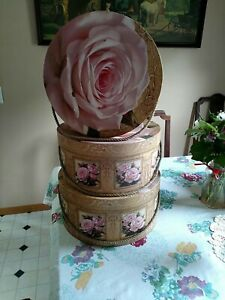 3 Nesting Hat Boxes Pretty With Pink Roses