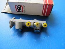 Maître-cylindre de freins tandem FEG pour Renault R4 GTL, R4 Fourgonnette