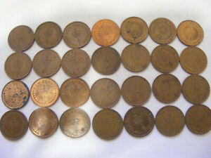 A Collection of 28 x New Half Penny Decimal Coins - nice condition