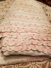 "New ListingSimply Shabby Chic Ditsy Daisy Shams and Quilt 86""×89"""