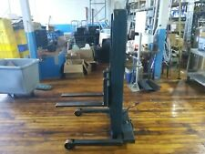 Manual Stacker Lift Pre Owned