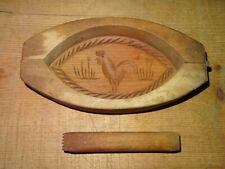 Moule à beurre en bois, décor au coq, art populaire
