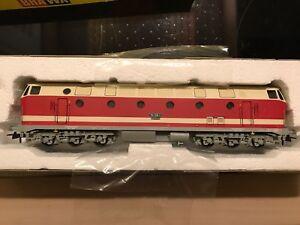 Diesellok BR 119  006-5 Deutsche Reichsbahn weiss rot 0400  BRAWA HO in OVP