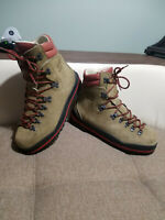Mountaineering  Climbing Boots