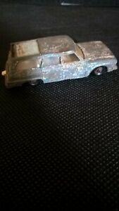 Matchbox vintage Series No 42 Studebaker Lark Wagonaire Lesney Sliding Roof