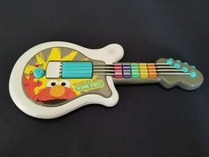 2010 Hasbro Mattel Sesame Street ELMO LET'S ROCK Guitar Rock N Roll White WORKS!