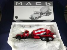 R-7 FIRST GEAR 1:34 SCALE DIE CAST 19-2560 MACK R-MODEL MIXER - MOOSEHEART PLANT
