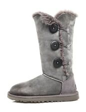 UGG Bailey Button Triplet II Suede Boot Grey Women Sz 6 4256 *