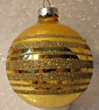 VINTAGE GLASS CHRISTMAS ORNAMENT ROUND GOLD W/GOLD GLITTER STRIPS CLASSY