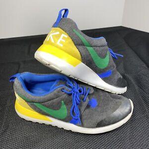 Nike Roshe Run QS Brazil Tech Fleece Grey Kids Sneaker Size 6Y (703935 001)