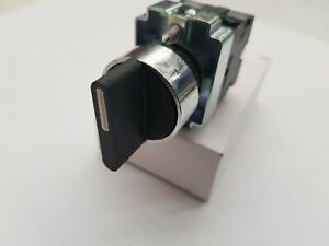 3 POSITION ON/OFF/ON  SELECTOR SWITCH MOMENTARY, SPRING RETURN