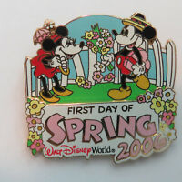 Disney WDW - First Day of Spring 2006 Mickey & Minnie Mouse 3D Pin