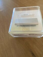 Apple iPod Shuffle 3rd Generation Silver (4 GB) New Sealed!  PB867LL/A