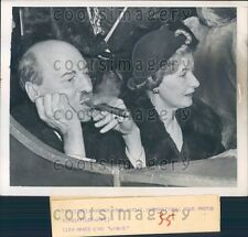 1950 Britain PM Clement Attlee Smoking Cigar With Wife Press Photo