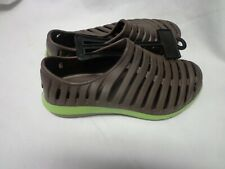 New Northstorm Womens crocs brown and lime green Crocs Size 9