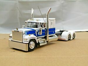 "Dcp Custom white/blue stretched&lowered Mack Superliner 60""flattop  tractor 1/64"