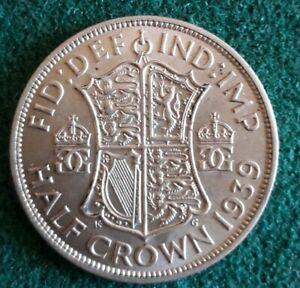 1939 Silver 50% George VI Half Crown In Lovely Condition