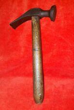 altes Werkzeug Hammer Schusterhammer