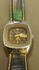 VINTAGE RICOH AUTOMATIC MENS WATCH WITH AUTOMATIC DAY/DATE. WATCH RUNS GREAT...