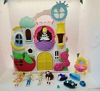Disney Princess Little Kingdom Play 'n Carry Castle Hasbro & 5 Dolls Folds
