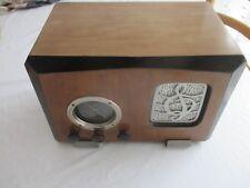 Ancien poste radio sans marque, années 30
