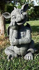 Süsser Gartendrache stützt Kinn Drachenfiguren Drachen Figur Figuren Fantasy