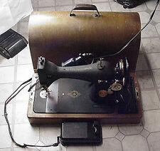 Vintage Electric Singer Sewing Machine Works Light Foot Pedal Wood Case BZ 9-8